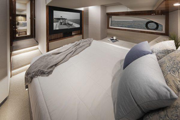 Riviera 505 SUV Master Stateroom 02 - Gloss Walnut
