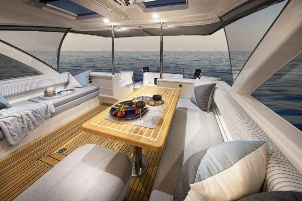 Riviera 505 SUV Mezzanine 02