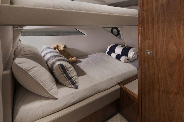 Riviera 505 SUV Starboard Stateroom 01 - Gloss Walnut